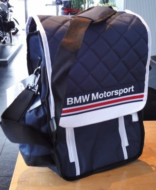 BMWクーラーバッグ.jpg